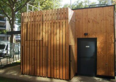 Conception réalisation des vestiaires du T. E. P. Castagnary Paris 15e - Bertrand Lefebvre Architectures Paris